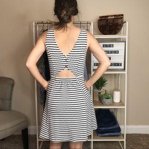 Anthropologie Dresses - Maeve Anthropologie Dress